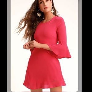 Lulus flowy sleeve dress